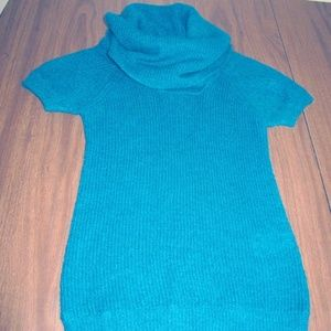 H & M Divided Short Sleeve Sweater